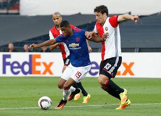 Blog Esportivo do Suíço:  Feyenoord aproveita o apoio da torcida e vence o Manchester United pela Liga Europa