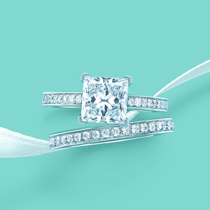 Nice Tiffany and Co Tiffany Engagement Setting with Platinum Band This is literally the ring of my dreams