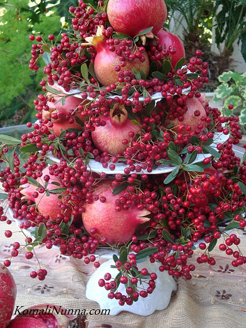 Pomegranate tree. Pretty styling idea for a sofreh aghd.
