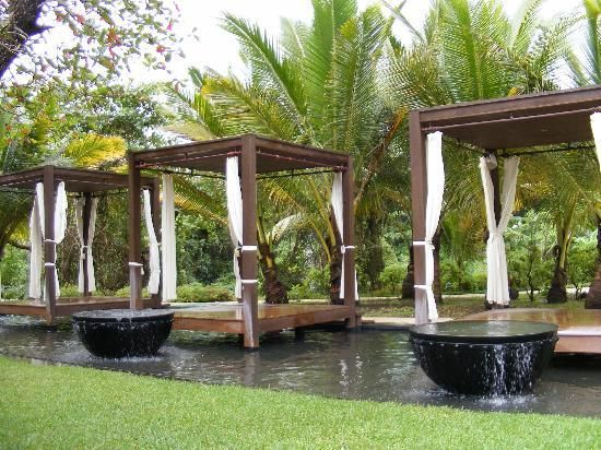 Not sure where this is.  Must find!! Outdoor massage decks and fountains...