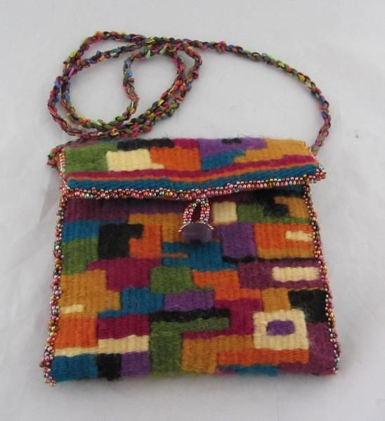 You have to see Small Tapestry Purse on Craftsy! - Looking for weaving project inspiration? Check out Small Tapestry Purse by member Claudia Chase. - via @Craftsy