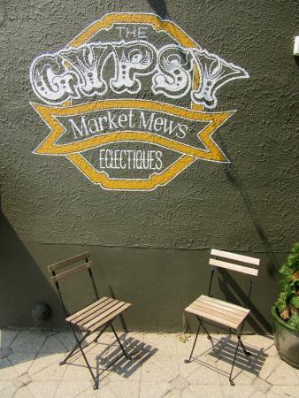 The Gypsy Market Mews, Gravenhurst