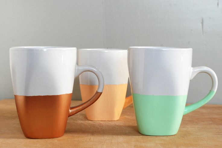 Easy DIY paint dipped mugs. Great gift idea...use team colors, school colors, or just plain favorite colors. Package with coffee or tea and maybe a muffin or scone or other sweet treats.