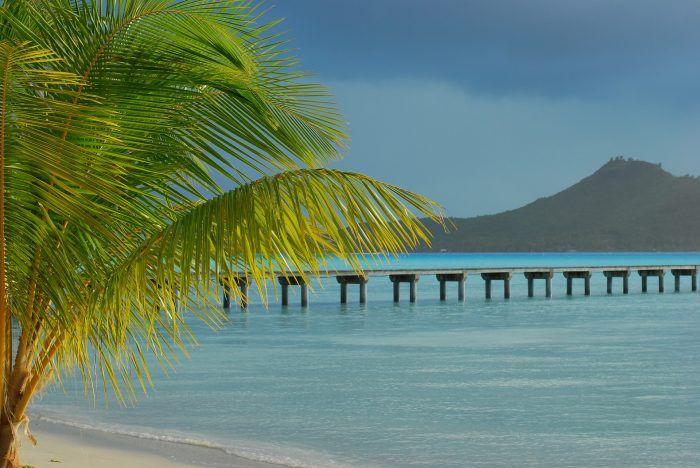 Travel Contests: October 19, 2016 - Bora Bora, Jamaica, Colombia & more - Everybody Hates A Tourist