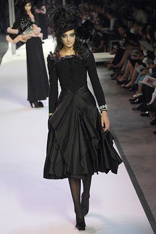Christian Lacroix Fall 2007 Couture Fashion Show - Asia Pulco (CITY)