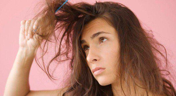 Os cabelos secos são um problema comum de pessoas que produzem pouco sebo no couro cabeludo. Os fios...