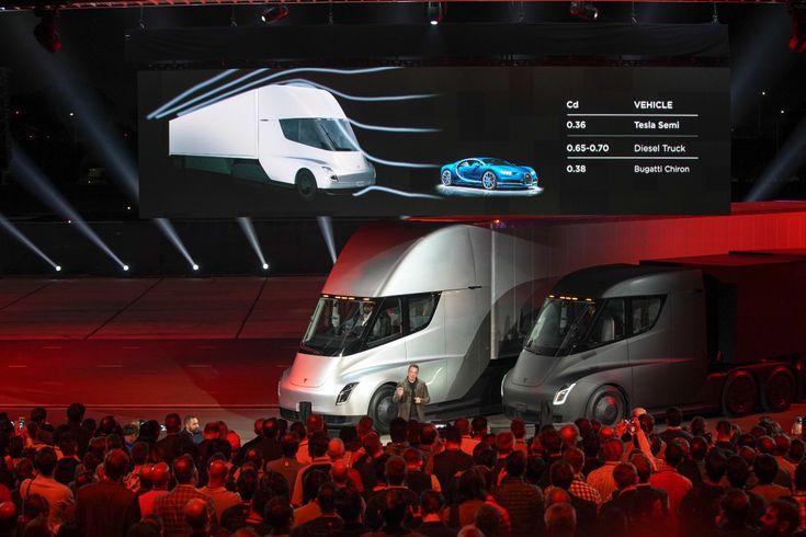 Tesla Semi Truck tanıtımı yapıldı. Elektrikli Tır teknolojisinde yeni adım olacak Tesla Semi Truck neler sunuyor? Tesla Semi Truck fiyatları nasıl olacak?