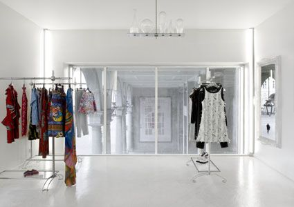 Interiror design for a Luxury shop in Turin. #ValentinaFarassinoArchitetto
