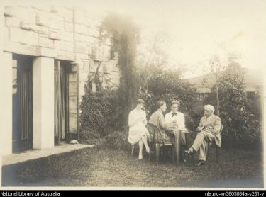 LOUISE LIGHTFOOT DANCER Louise Lightfoot (at left) with Marion Mahony Griffin, Walter Burley Griffin and Walter's father, circa 1928, in front of the Griffin designed house where they lived at Castlecrag, Sydney.