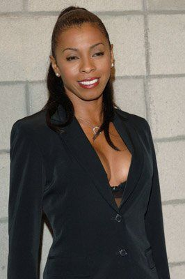 Khandi Alexander. Khandi was born on 4-9-1957 in New York City, New York. She is an actress, known for CSI: Miami, There's Something About Mary, Treme, and NewsRadio.