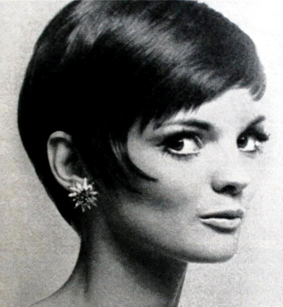 Neue Mode December 1969  Short Mod Hairstyle by Alexandre  Linda Morand #hairstyle