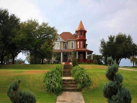 1000 images about weatherford texas on pinterest for Chandor gardens weatherford tx