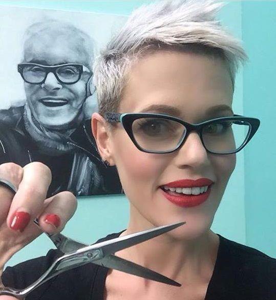 Bekijk hier 10 korte modellen ter inspiratie voor alle dames met een bril! - Pagina 3 van 10 - Kapsels voor haar