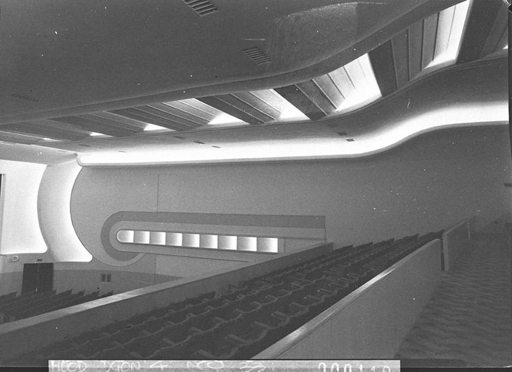 Side wall of the dress circle, Campsie Odeon Cinema, 1948 by Sam Hood, Mitchell Library, State Library of NSW: http://www.acmssearch.sl.nsw.gov.au/search/itemDetailPaged.cgi?itemID=14148