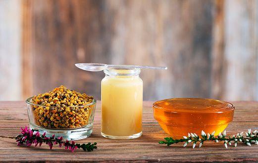 L'apithérapie, une médecine par le miel qui a fait ses preuves