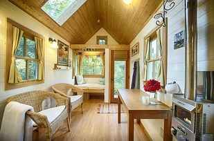 27 Tiny Houses You Can Actually Stay In