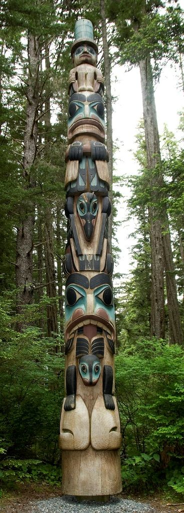 totem INUIT  ART / ALASKAN NATIVE PEOPLES ' ART / NORTHWESTERN ART / NATIVE CANADIANS' ART : More At FOSTERGINGER @ Pinterest