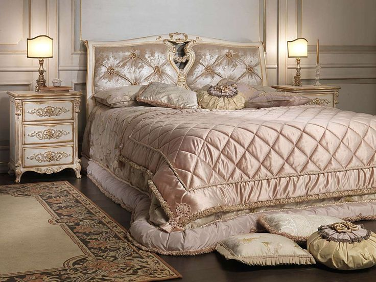 Louis XVI white and gold classic bedroom   Vimercati Classic Furniture