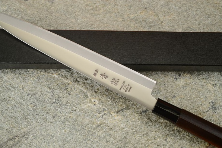 Cuchillos japoneses para sushis y sasimis. www.viloop.com
