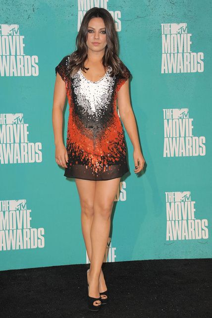 MTV Movie Awards - Mila Kunis: Mtv, Mila Kunis, Dresses, Red Carpets, Jimmy Choo, 60, De Fendi, Mtv Movie Awards, Awards Red