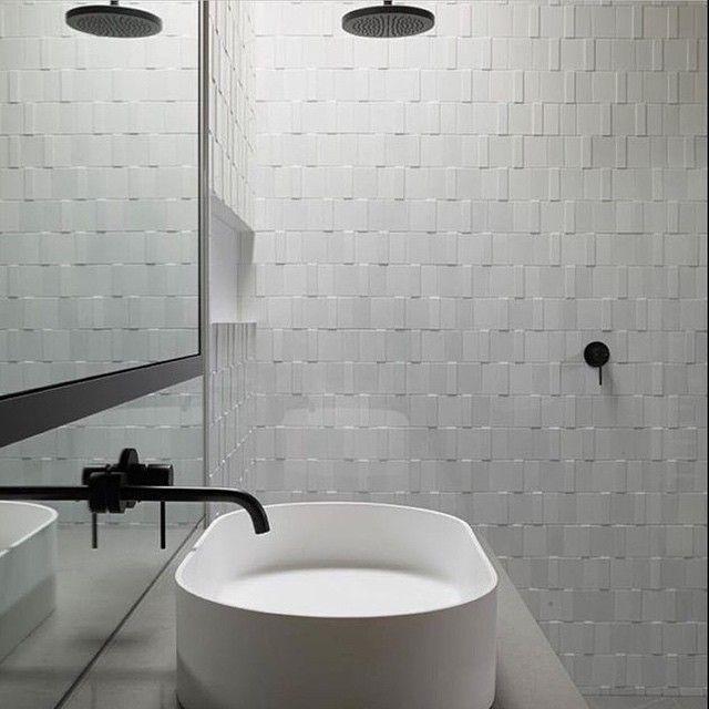 Bathroom Neutrals Regram From: @neutralinstinct #interior #design  #interiordesign #neutral # · DuschenWeißen Fliesen Im BadBadezimmer ...
