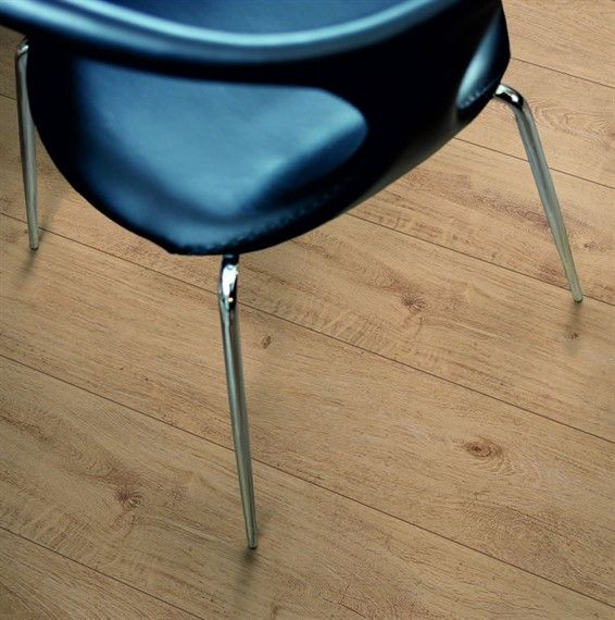 Pergo Living Expression Nordic Oak Laminate Flooring