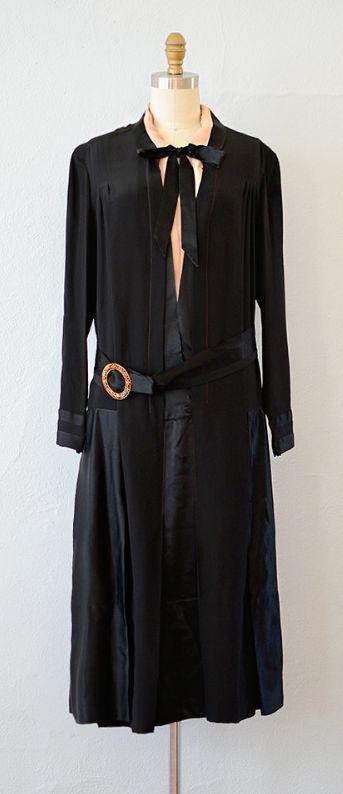 vintage 1920s dress   VINTAGE 1920S BLACK SILK BELTED PANEL DRESS // Lady of the Estate Dress