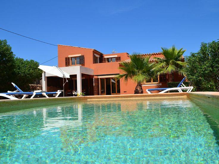 Finca Almendra Cala Agulla im Capdepera: 3 Schlafzimmer, für bis zu 7 Personen. Finca in Cala Ratjada mit Pool und WIFI, perfekte Lage oberhalb der Cala Agulla | FeWo-direkt