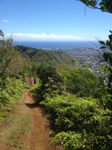 List of hiking/jogging trails on Oahu, including one that will lead to a waterfall featured in Jurassic Park and Lost