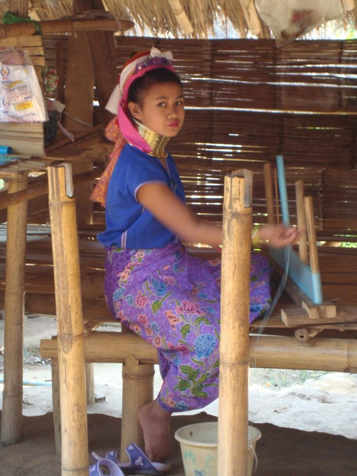 Thai journey, Kharen girl