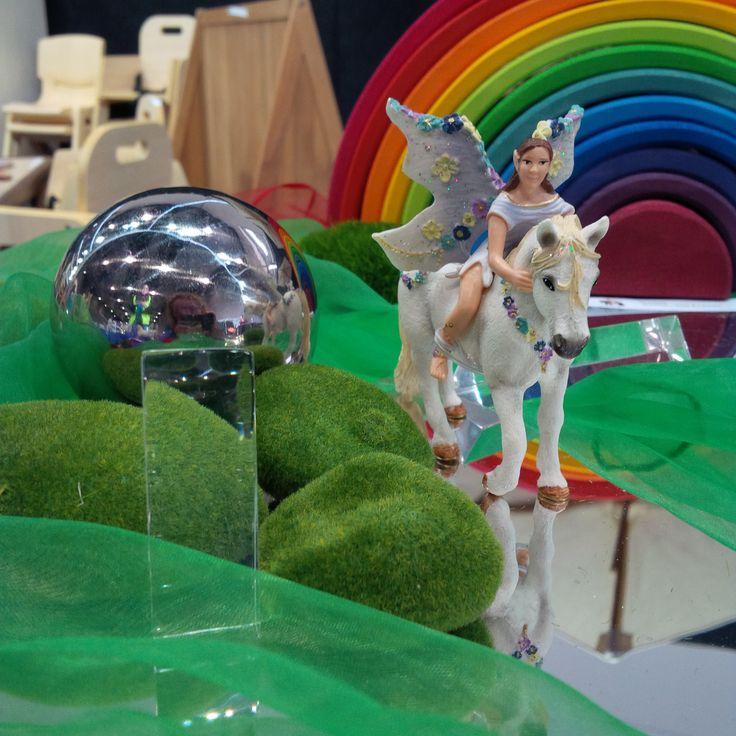 Create a wonderful fantasy world for the Schleich Ice Elves.