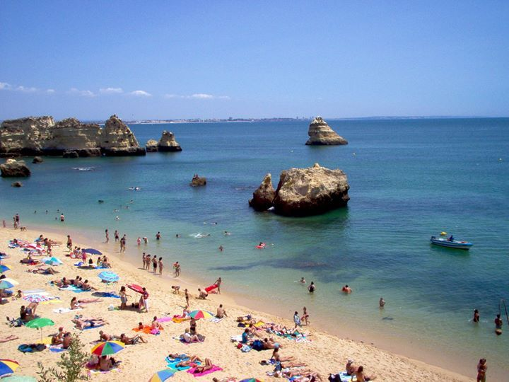 Flight Hall UK! With beautiful beaches, Dona Ana beach is just one of the world's most #beautiful beach (and also perfect for Holidays).  For more beautiful places, please visit our official website.