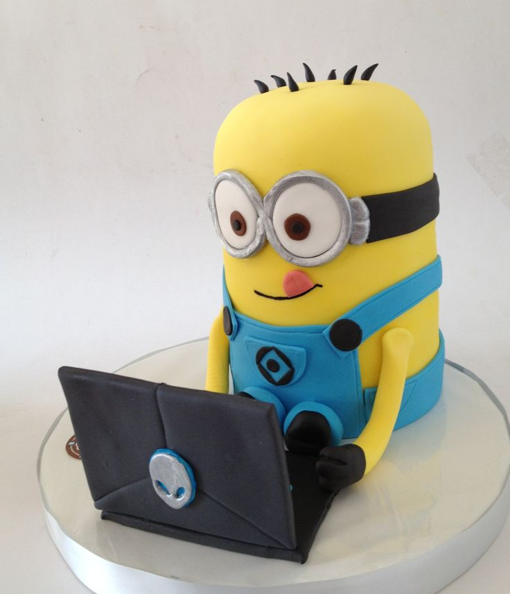 2nd Pc Bella S Lullaby: Minion And Alienware Laptop :)!
