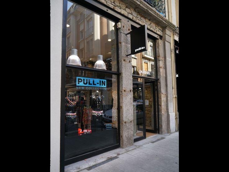 AGENCEMENT MAGASIN PULL IN GRENOBLE réalisé par www.cadypso.com (Architecture d'intérieur - Agencement Magasins - ERP) Rénovation // Lifestyle - Concept Store /// Création - Aménagement - Concept