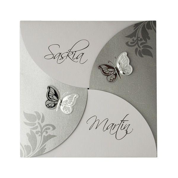 """Verspielte Einladungskarte """"Sally"""" in Silber und Grau zur Hochzeit mit raffinierter Falttechnik und wunderschönem Schmetterlings-Design."""