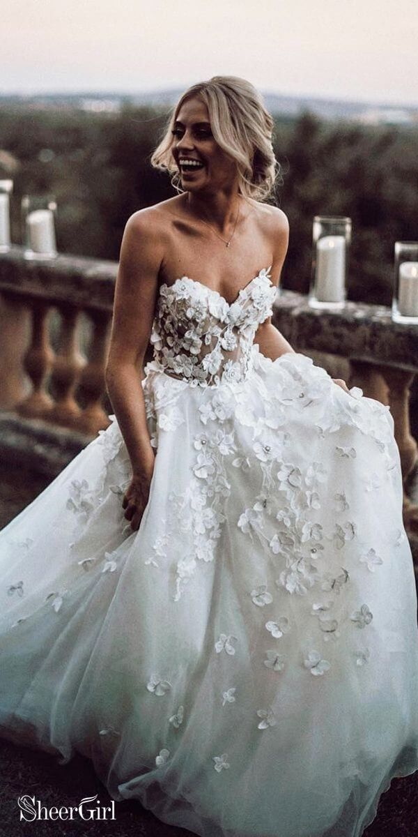 Sweetheart Neck Boho Wedding Dresses Appliqued Wedding Gowns