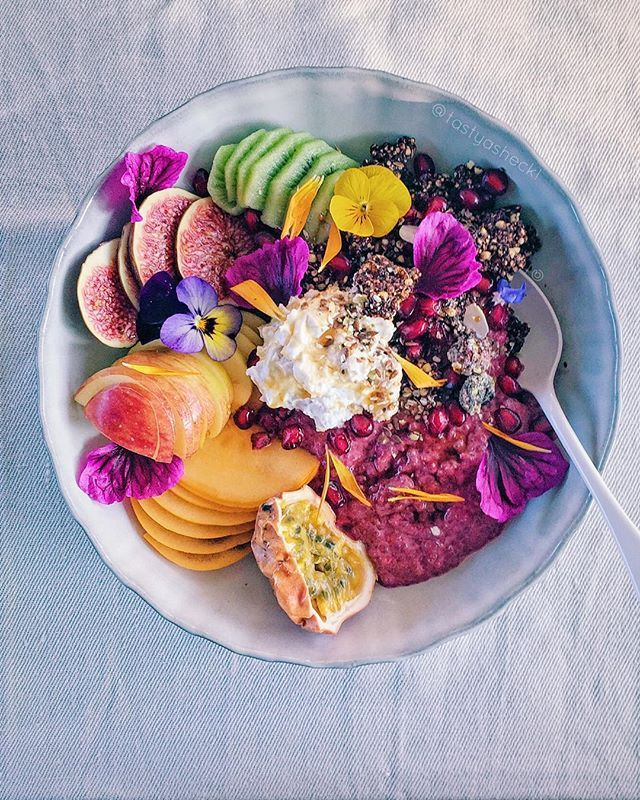 Beetroot chia-almond pudding with fresh fruit, homemade coconut yogurt, cacao-macadamia clusters and chia-mix sprinkles via @tastyasheck