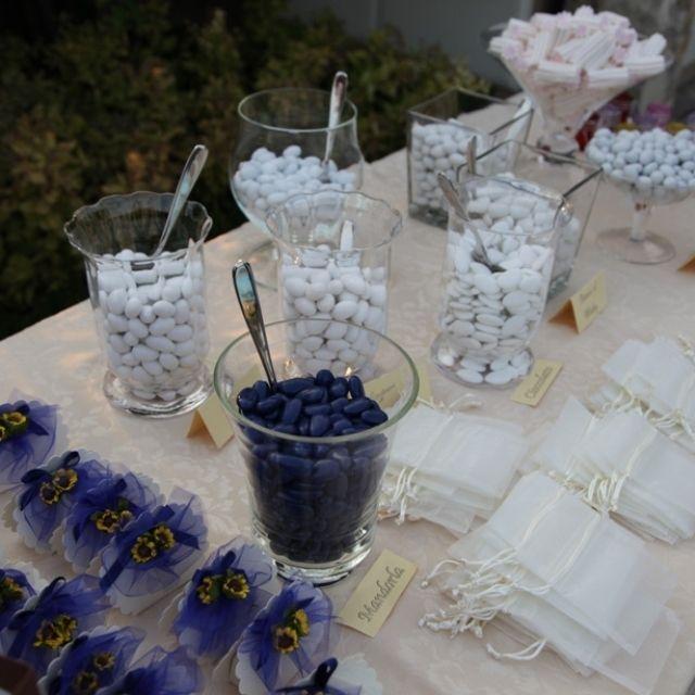 Matrimonio Tema Bianco E Blu : Confettata blu e bianco bluewedding confetti