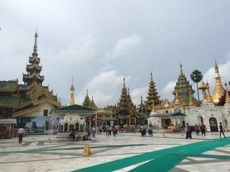 Shwedagon pagoda, Yangon. Sep 2016