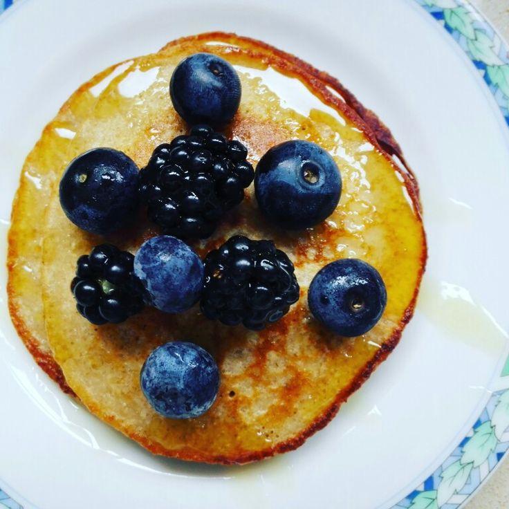 Havermout pannenkoeken met bessen en verse bramen #heathy #food