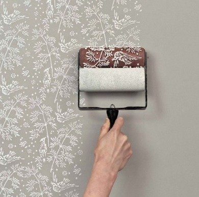 It's like wallpaper without the commitment. Paint roller is available on @Etsy in numerous patterns. Click through for more simple ways to age, distress, gild and add shine to your next project.
