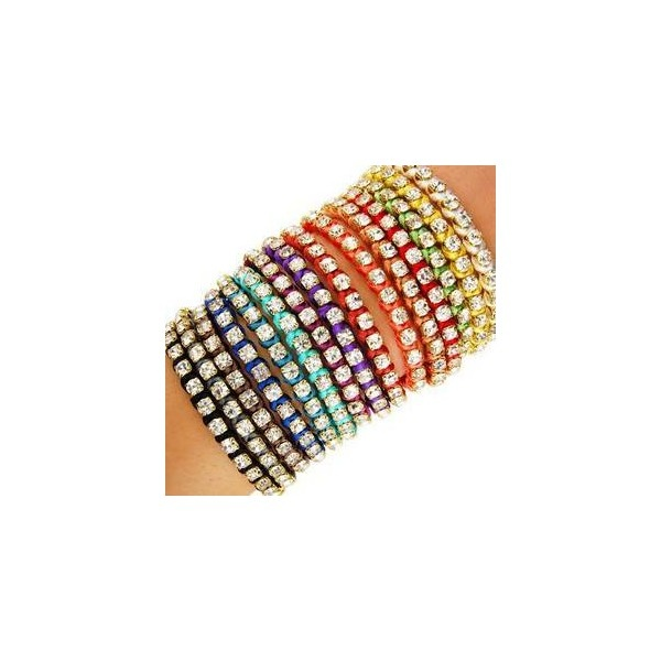 25 Best Ideas About Thread Bracelets On Pinterest
