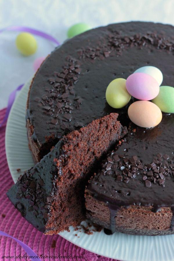 """Quella di oggi è una torta molto popolare in Brasile, facilissima da realizzare, letteralmente significa """"negra pazza"""", pare sia infatti nata durante gli anni della schiavitù. La donna africana che la"""