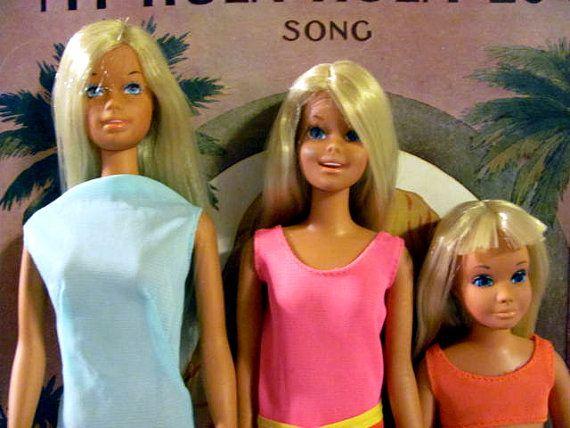 Malibu Barbie, Francie and Skipper Mattel Vintage 1971.  I had Barbie and Francie and they were my favorites!!!