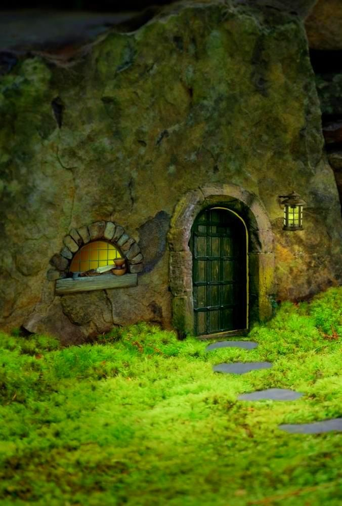 1000 ideas about real fairies on pinterest faeries for Real fairy doors