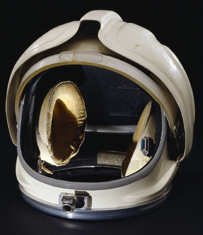 space shuttle helmet - photo #22