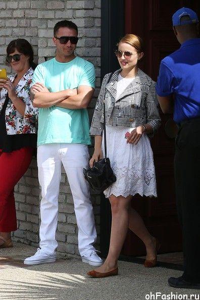 Актриса Дианна Агрон на вечеринке в Малибу