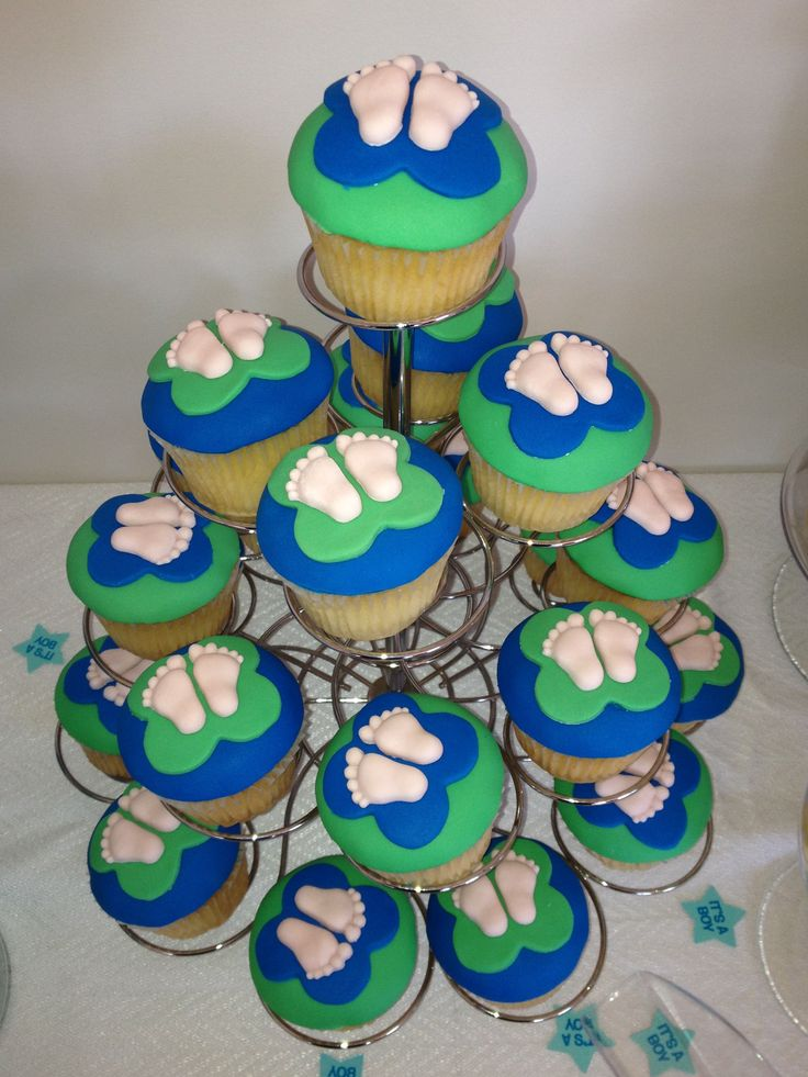 My baby shower cupcakes for Kelly.