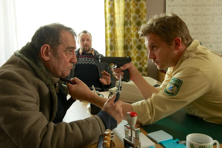 Bild zum Film Winterkartoffelknödel mit Sebastian Bezzel, Simon Schwarz.
