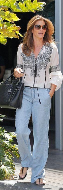 Who made Cindy Crawford's black bag?